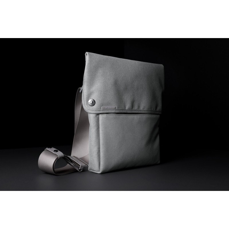 Bluelounge Sling Bag iPad grijs