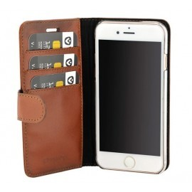Valenta Booklet Classic Luxe Brown iPhone 6(S) / 7 / 8 / SE 2020
